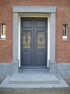 Natuursteen deuromlijsting prijs